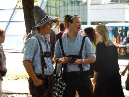PHOTOS DE L'OKTOBERFEST 2011 A MUNICH Dscn1162-2d31f2a