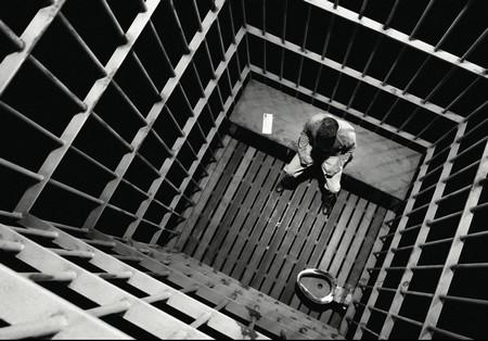 Les cellules de détention Sincity_hartigan_en_prison-2cbe8db